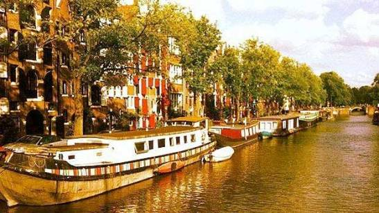 amsterdam-vacation-ideas-europe-art-museums-rembrandt-dutch-red-light-district